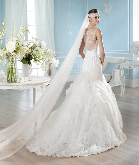 St. Patrick Hanka Wedding Dress