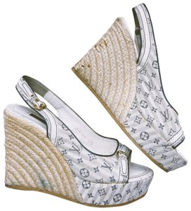 Louis Vuitton blue and white Wedges