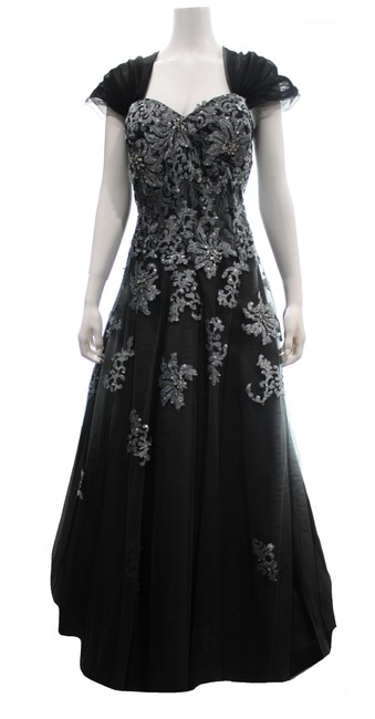 Item - Black & Silver Full Length Gown with Beading Embroidery Long Formal Dress Size 22 (Plus 2x)
