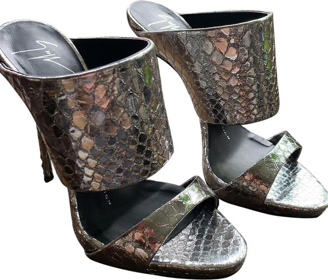 Item - Silver Andrea Embossed Snake Print Mules Formal Shoes Size EU 35 (Approx. US 5) Narrow (Aa, N)