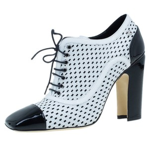 Chanel Patent Leather Classic Leather Lace White Pumps
