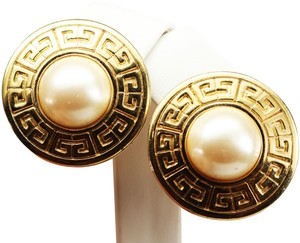 Givenchy VINTAGE 1980s GIVENCHY Logo Pearl Clip-on Earrings