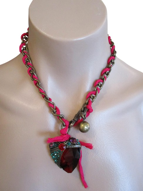Item - Red Sworovski Crystal Strawberry Brass Woven Chain Necklace