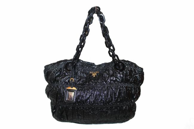 Item - Distressed with Tortoise Shell Handle Black Patent Leather Tote