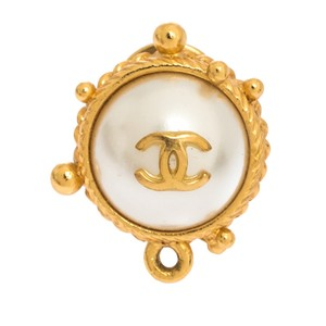 Chanel CC Faux Pearl Gold Tone Round Pin Brooch