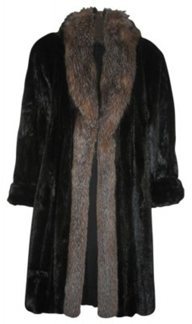 Preload https://item3.tradesy.com/images/black-mink-with-gray-fox-collar-full-length-fur-coat-size-8-m-27387-0-0.jpg?width=400&height=650