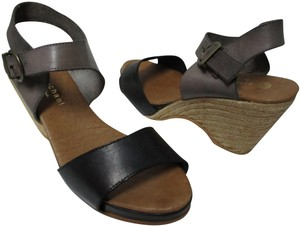 Eric Michael black & gray Sandals