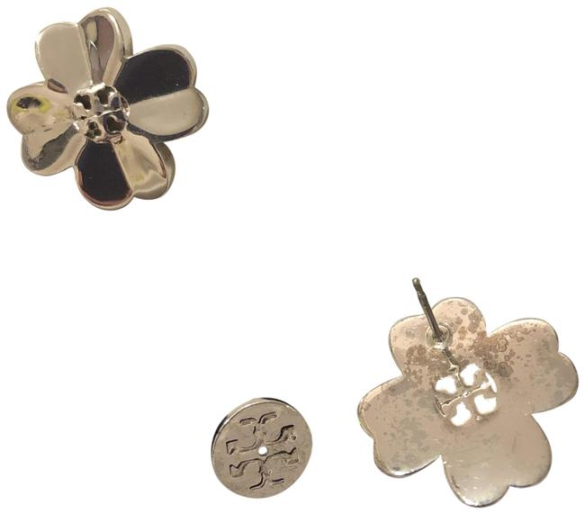 Item - Silver Stud Shawn Clover Earrings