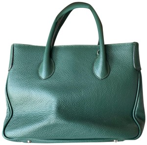 Maxima Satchel in green