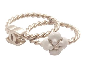 Chanel Chanel Gold CC Ivory Camellia 2 Twisted Rings