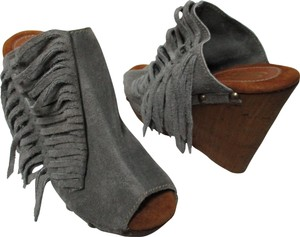 Sbicca gray Platforms