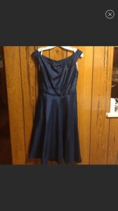 David's Bridal Navy Polyester Capsleeve Fit/Flare Tea Length Modest Bridesmaid/Mob Dress Size 4 (S)