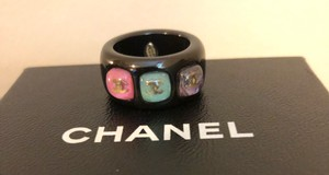Chanel Acrylic material ring