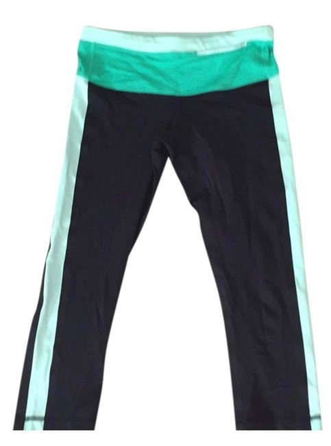 Item - Black with Green Activewear Bottoms Size 4 (S)