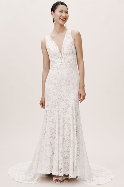 Item - Ivory Nude Lace Latimer Feminine Wedding Dress Size 14 (L)