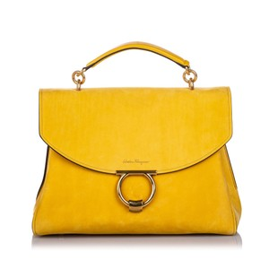 Ferragamo 0cfrhb004 Vintage Leather Satchel in Yellow
