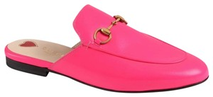Gucci Princetown Slippers neon pink Mules