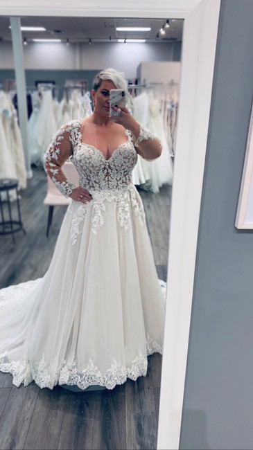 Item - White with Champagne/Rose Formal Wedding Dress Size 20 (Plus 1x)