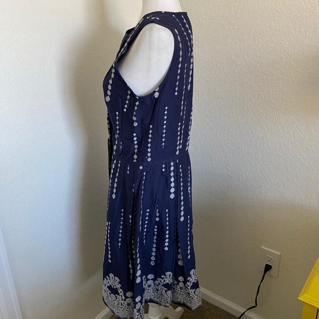 Taylor Navy Blue White Fit and Flare Sleeveless Short Casual Dress Size 8 (M) Taylor Navy Blue White Fit and Flare Sleeveless Short Casual Dress Size 8 (M) Image 6