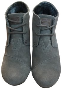 TOMS Taupe / Beige Boots