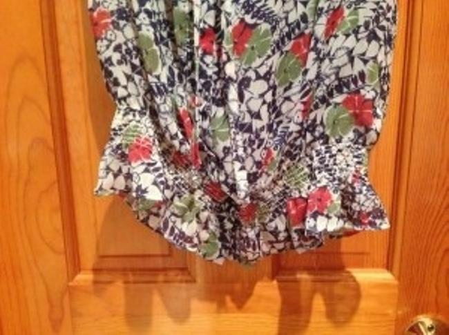 Forever 21 Short Sleeves Loose Top Floral pattern with lace