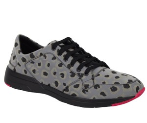 Gucci Gray Men's Reflex Leopard Print Fabric Running Sneakers 368485 1400 Shoes