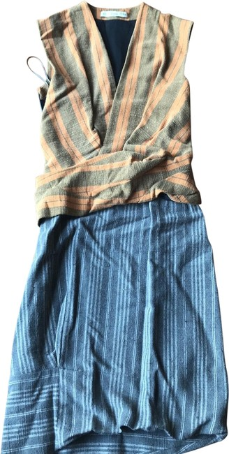 Item - Grey Gathered Mid-length Short Casual Dress Size 6 (S)