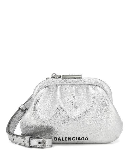 Item - Cloud Coin Purse with Strap Silver Cross Body Bag