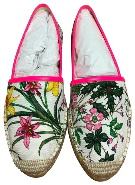 Item - White Leather Trimmed Floral Print Canvas Flats Size EU 36.5 (Approx. US 6.5) Regular (M, B)