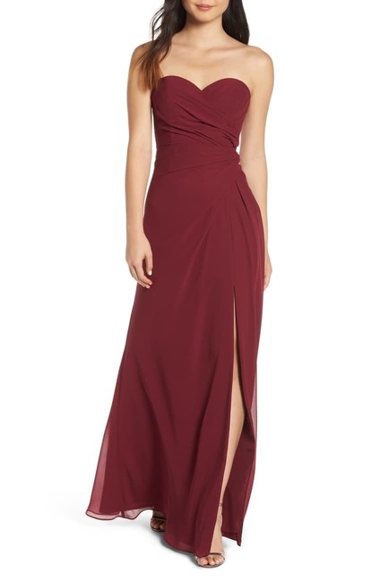 Item - Burgundy 5913 Strapless Chiffon Gown Long Formal Dress Size 10 (M)