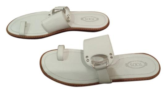Tod's Flat Toe Ring white Sandals