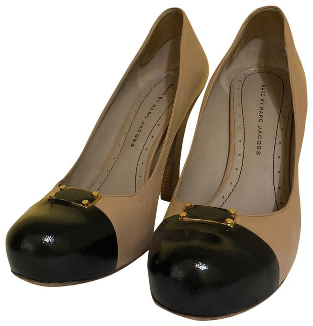 Item - Black/Nude 615985 Pumps Size US 9 Regular (M, B)