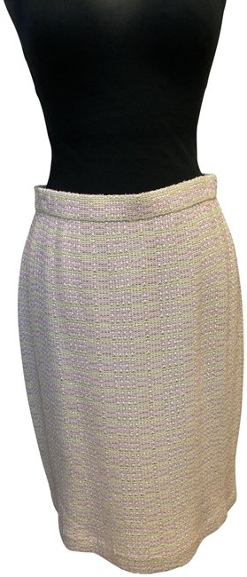 Item - Pink Boucle Skirt Size 8 (M, 29, 30)