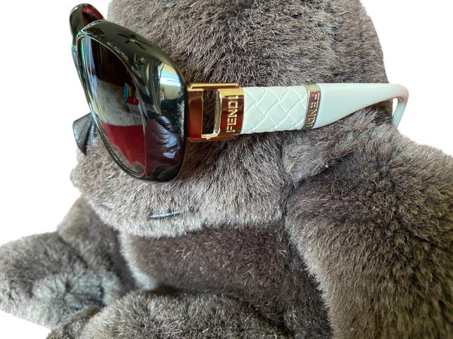 Item - Ivory and Dark Brown and Gold Fs5246k Sunglasses