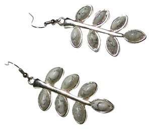 New Earrings Leaf White Silver Long Dangle J866
