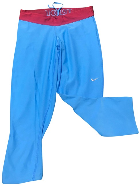 Item - Sky Blue Dry Fit Crop Activewear Bottoms Size 4 (S)
