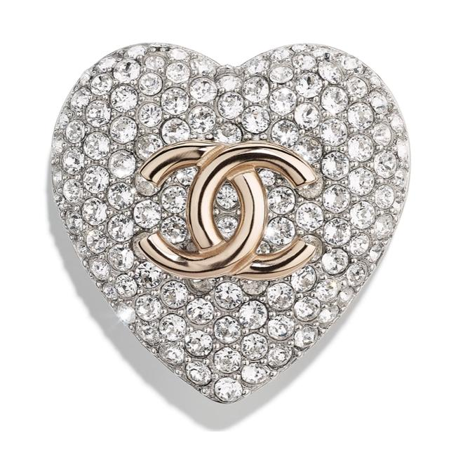 Item - Silver/Light Gold Strass Heart Shape Cc Logo Metal Brooch Pin