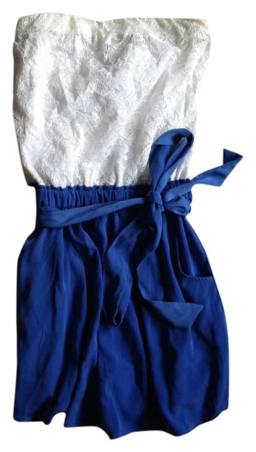 Preload https://img-static.tradesy.com/item/274275/one-clothing-white-and-blue-mini-romperjumpsuit-size-2-xs-0-0-650-650.jpg