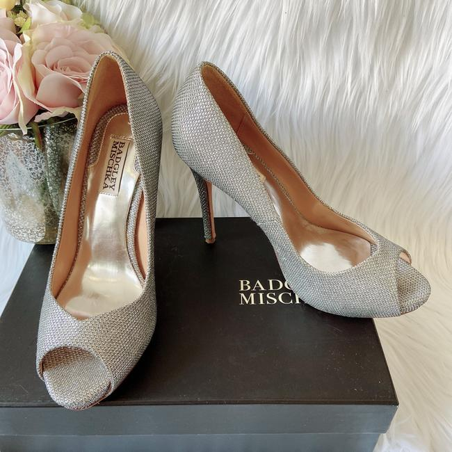 Badgley Mischka Silver Kassidy Ii Diamond Drill Fabric Women's Heels P Pumps Size US 7.5 Regular (M, B) Badgley Mischka Silver Kassidy Ii Diamond Drill Fabric Women's Heels P Pumps Size US 7.5 Regular (M, B) Image 1