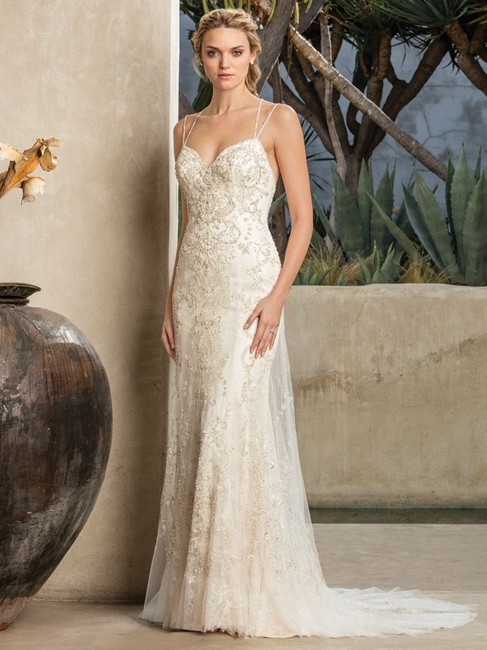 Item - Champagne/Ivory Chantilly Lace Chapel Length Sparkling Gown Sexy Wedding Dress Size 16 (XL, Plus 0x)