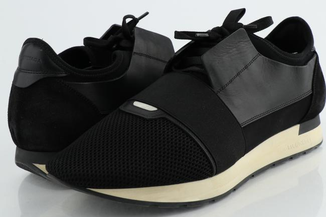Item - Black Runners Shoes