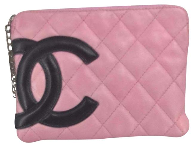 Item - Wallet on Chain Signature Diamond Quilted Pink Lambskin Leather Wristlet
