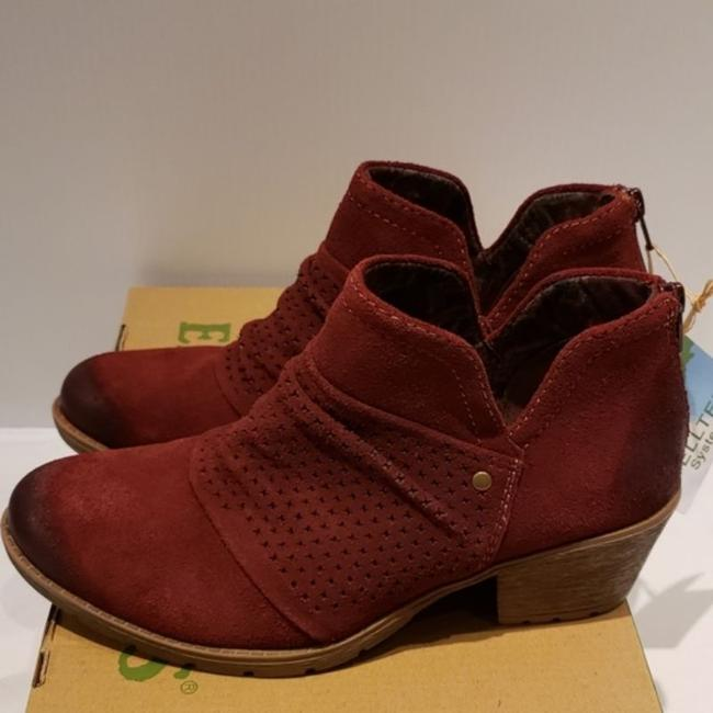 Item - Red Amanda Suede Boots/Booties Size US 7.5 Wide (C, D)