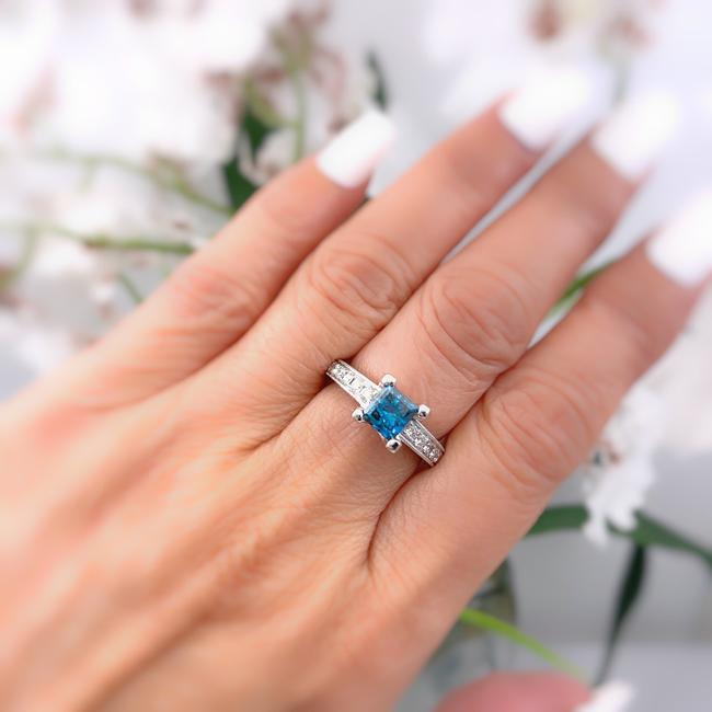Item - Color Enhanced Blue Princess Cut 18kt White Gold Engagement Ring