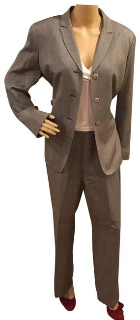 Item - Gray Two Piece Pant Suit Size Petite 14 (L)