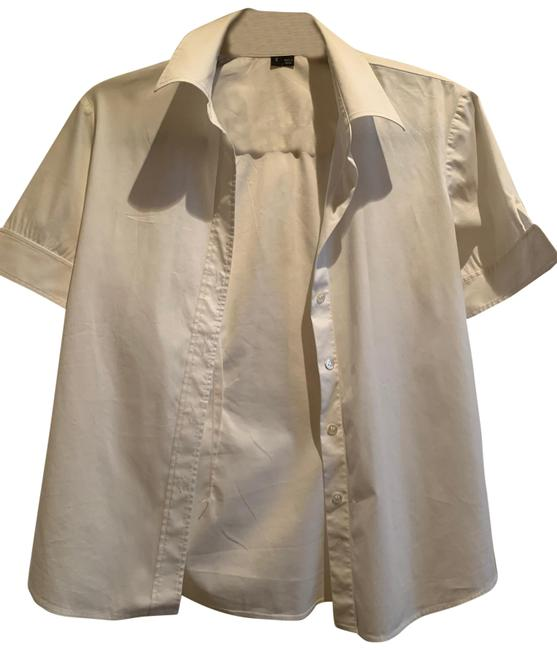 Item - White Short Sleeve Button-down Top Size 4 (S)