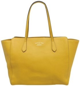 Gucci Swing Medium Calfskin Leather Tote in Yellow