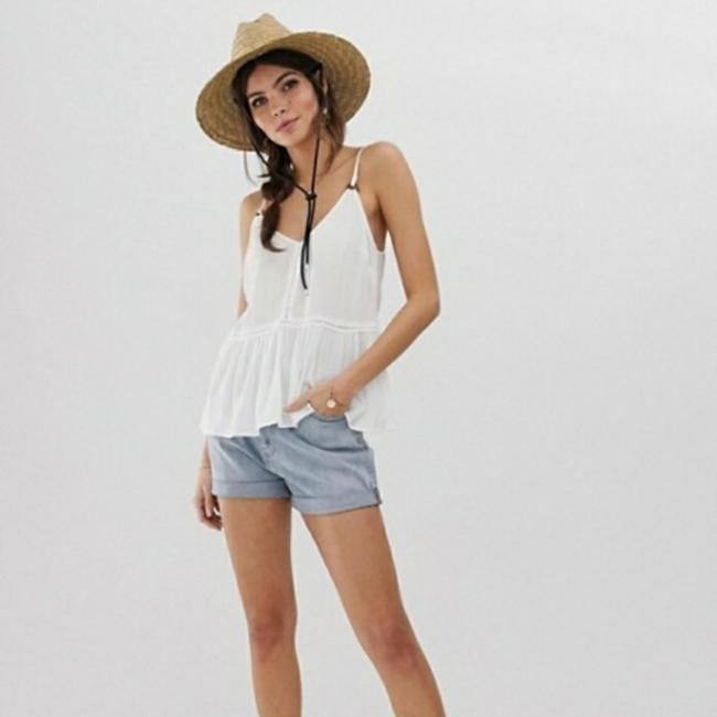 ASOS White Women's V-neck with Lace Inserts and Ring Detail Sun Blouse Size 2 (XS) ASOS White Women's V-neck with Lace Inserts and Ring Detail Sun Blouse Size 2 (XS) Image 1