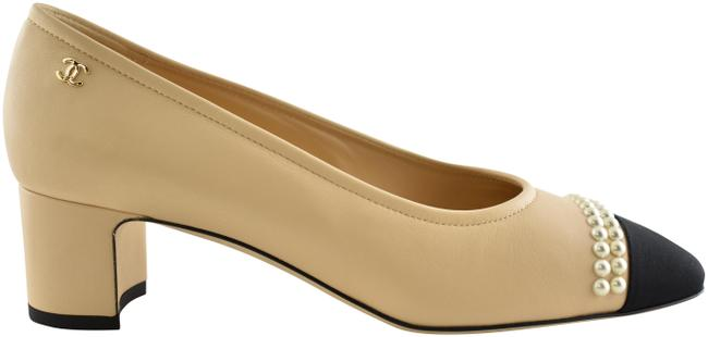 Item - Beige 20p Lambskin Leather Black Cc Pearl Sandal Low Block Heel Pumps Size EU 37.5 (Approx. US 7.5) Wide (C, D)