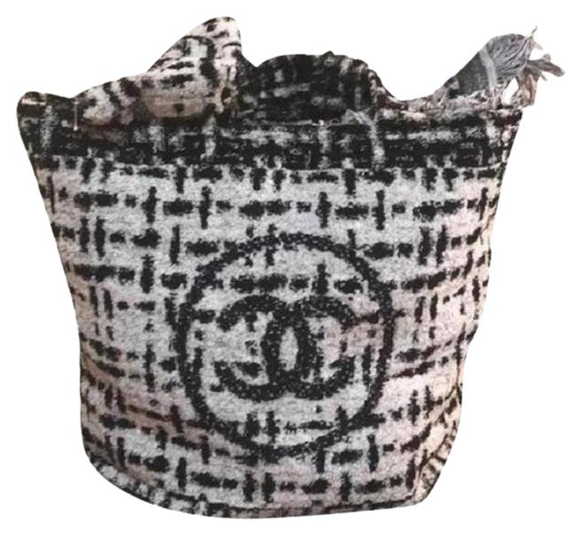 Item - 2018 Cc Tote with Towel Ivory Cotton Beach Bag